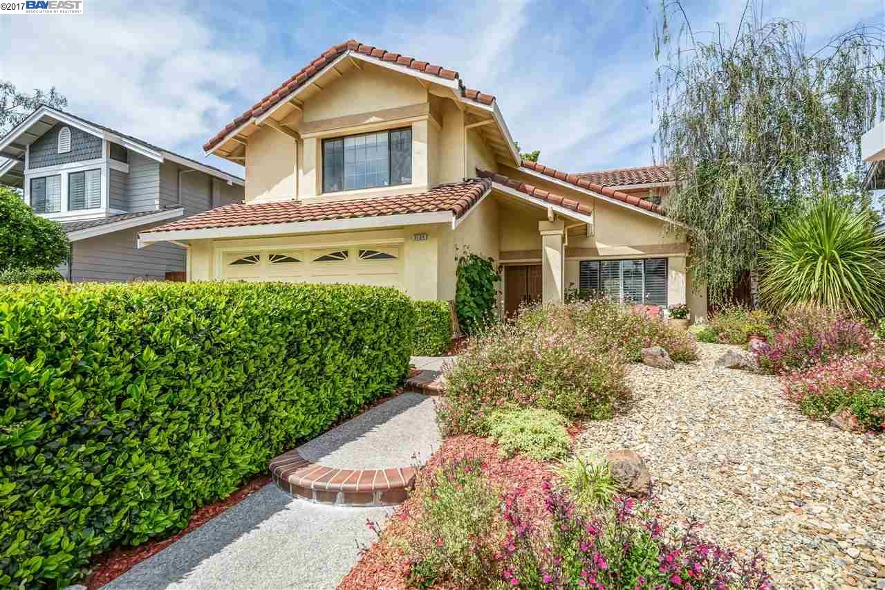 Single Family Home for Sale at 3134 Paseo Robles Pleasanton, California 94588 United States