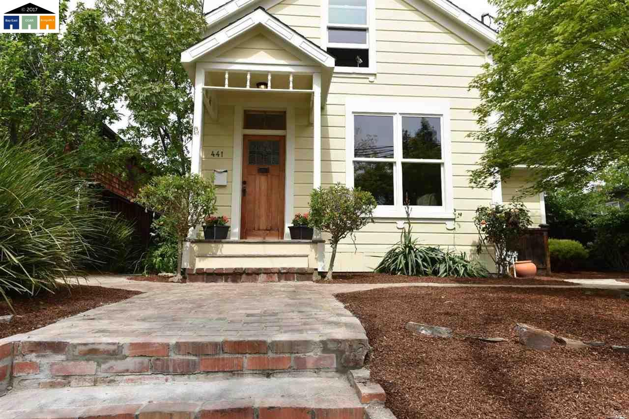 Single Family Home for Sale at 441 W J Benicia, California 94510 United States