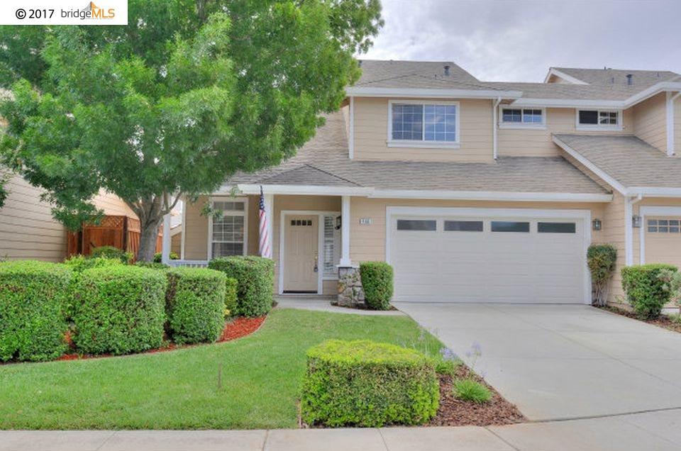 タウンハウス のために 売買 アット 468 Rio Oro Court Morgan Hill, カリフォルニア 95037 アメリカ合衆国