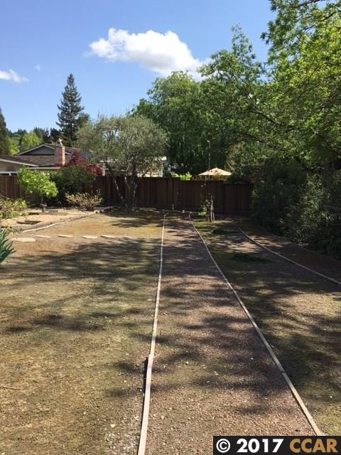 Additional photo for property listing at 724 Morninghome Road  Danville, California 94526 United States