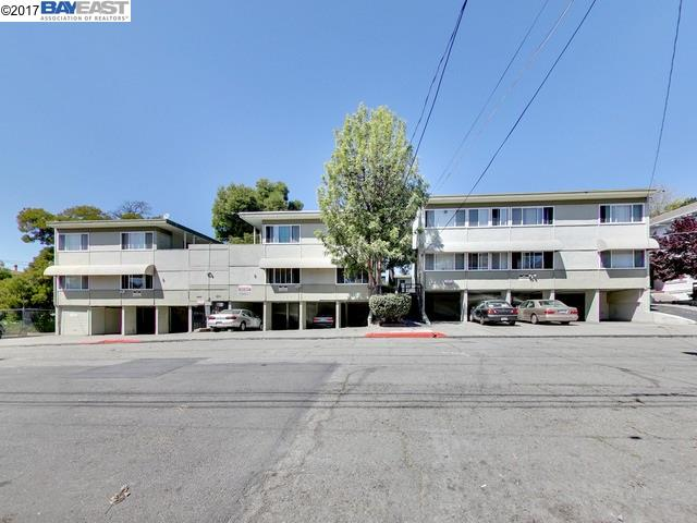 Casa Multifamiliar por un Venta en 2515 10Th Avenue Oakland, California 94606 Estados Unidos