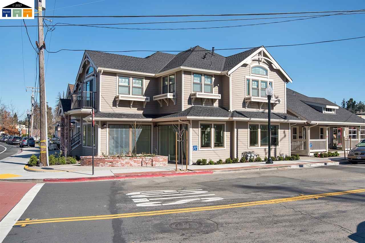 Многосемейный дом для того Продажа на 120 W Linda Mesa Avenue Danville, Калифорния 94526 Соединенные Штаты