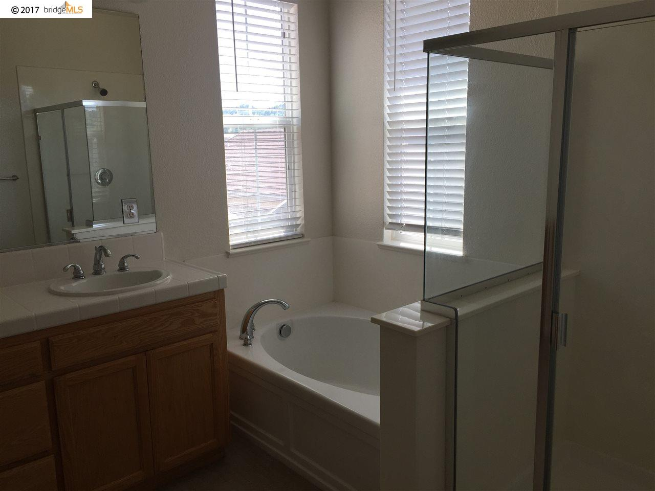 Additional photo for property listing at 9446 Vintner Circle  Patterson, 加利福尼亞州 95363 美國