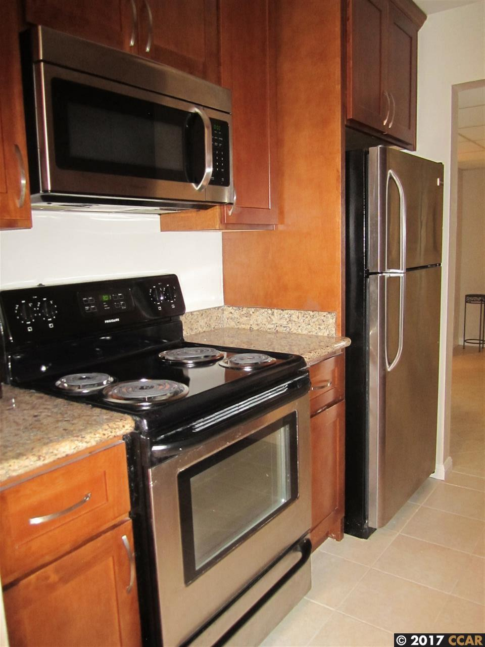 Additional photo for property listing at 430 N Civic Drive  Walnut Creek, Californie 94596 États-Unis