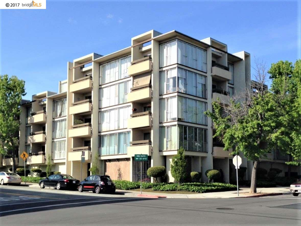 Additional photo for property listing at 4101 Howe Street  Oakland, カリフォルニア 94611 アメリカ合衆国