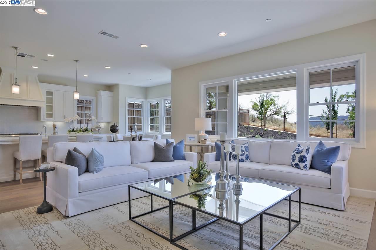 一戸建て のために 売買 アット 176 Willowbrook Lane Moraga, カリフォルニア 94556 アメリカ合衆国