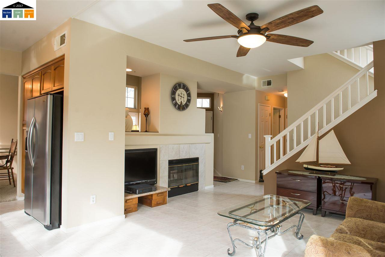Additional photo for property listing at 1227 Buckeye Terrace  Clayton, Californie 94517 États-Unis