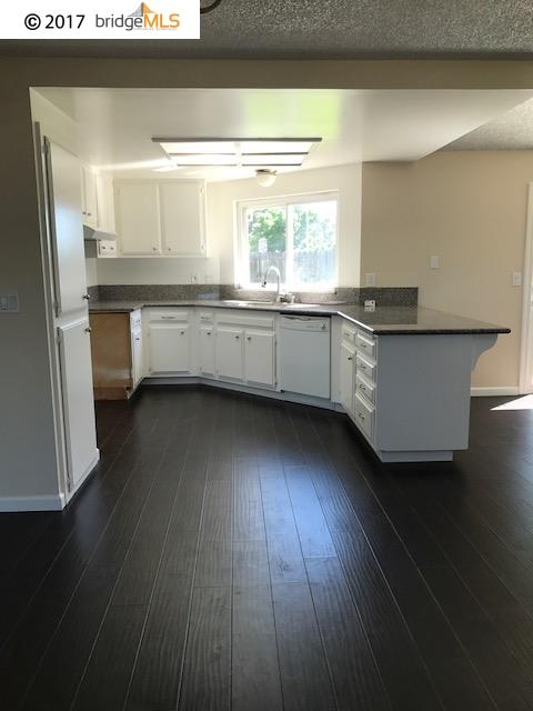 Additional photo for property listing at 2115 Ackerman Drive 2115 Ackerman Drive Pittsburg, California 94565 United States