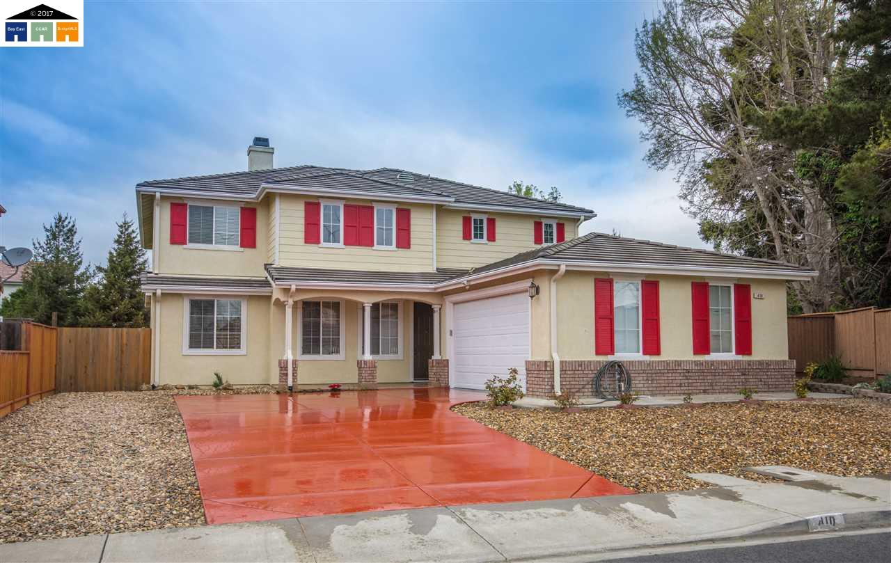 Single Family Home for Sale at 410 Kensington Way American Canyon, California 94503 United States