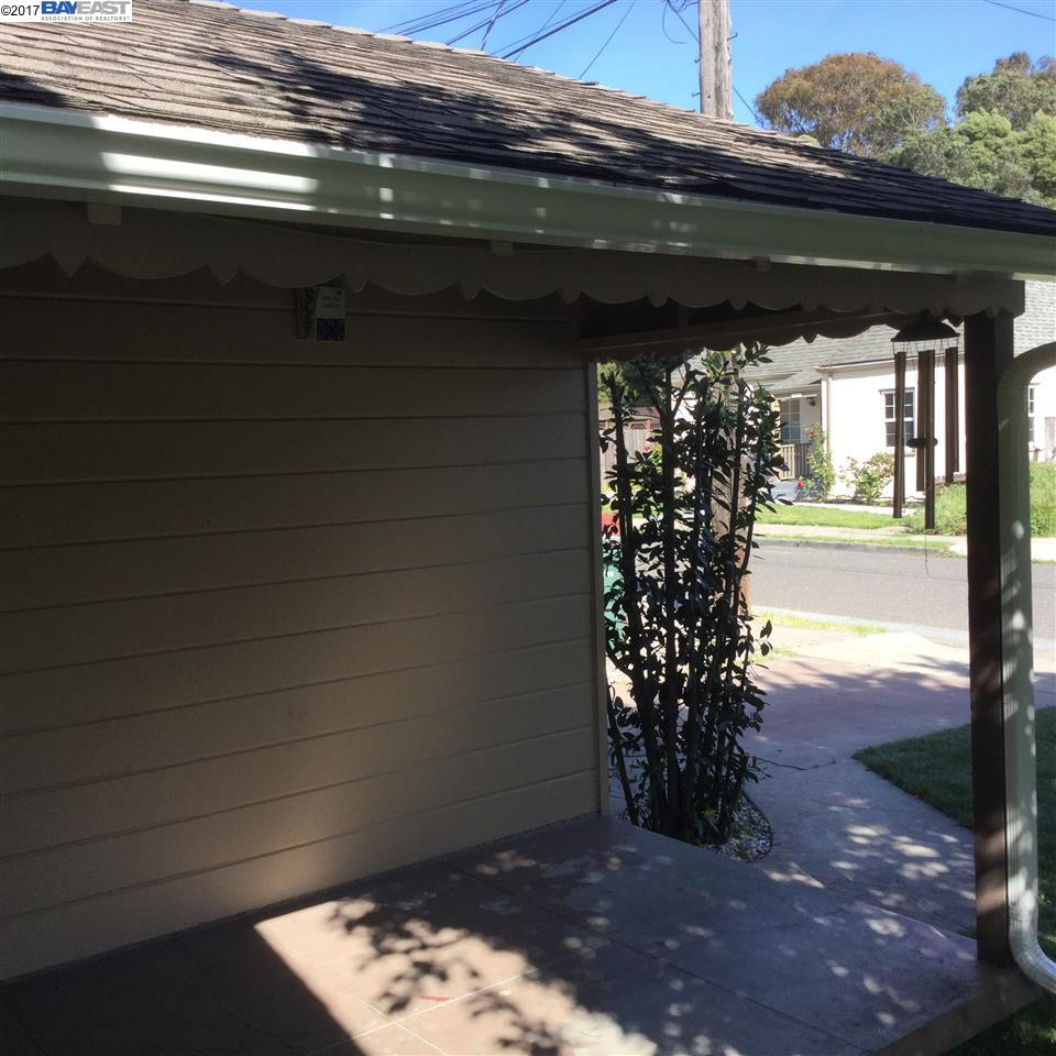Additional photo for property listing at 1435 172Nd Avenue  Hayward, カリフォルニア 94541 アメリカ合衆国