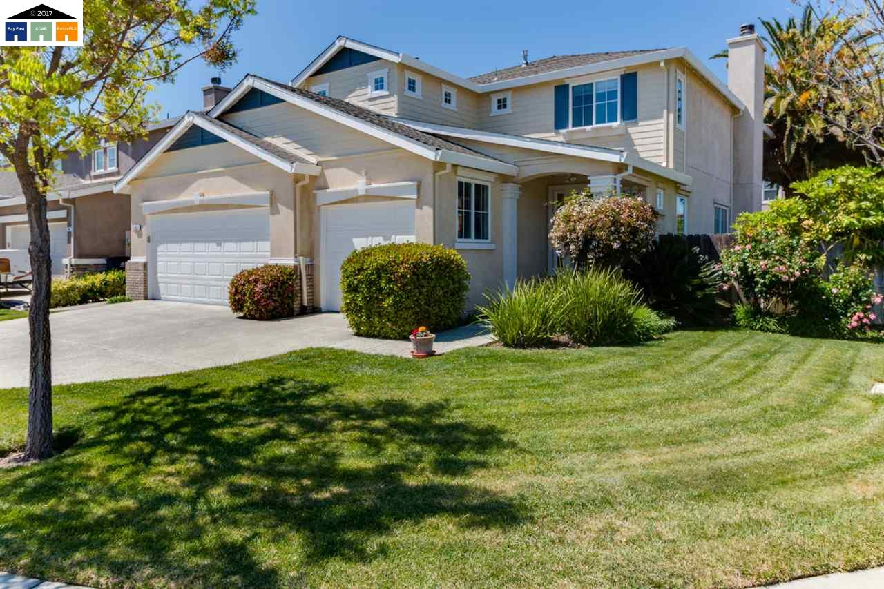 Single Family Home for Sale at 975 Cobalt Drive 975 Cobalt Drive Tracy, California 95377 United States