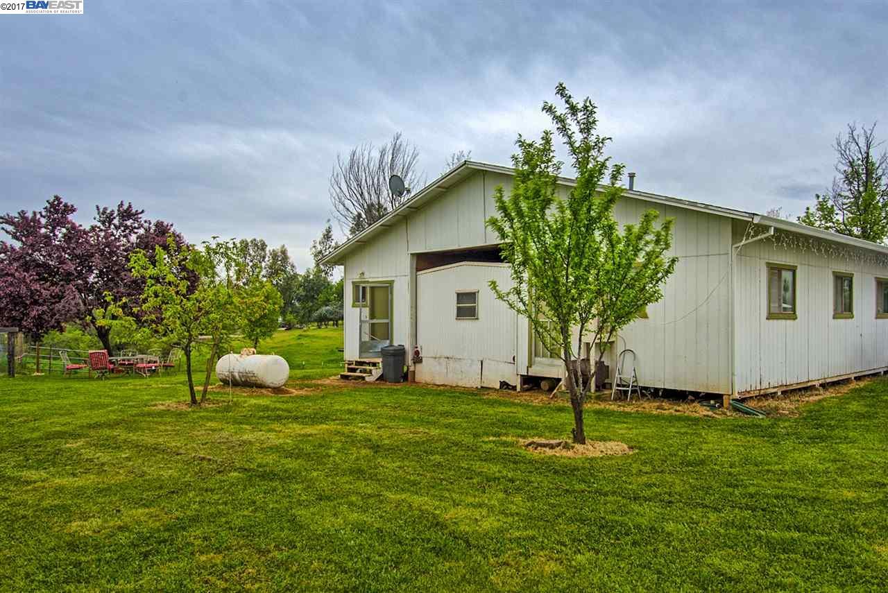 Additional photo for property listing at 21650 Kathy Lane  Redding, 加利福尼亞州 96003 美國
