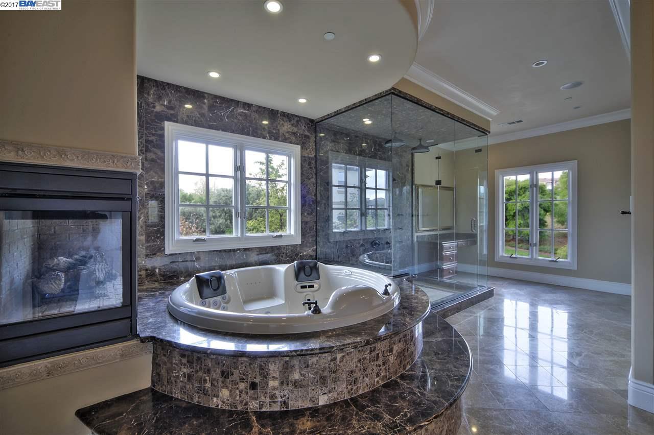 Single Family Home for Sale at 1180 Paladin Way Pleasanton, California 94566 United States