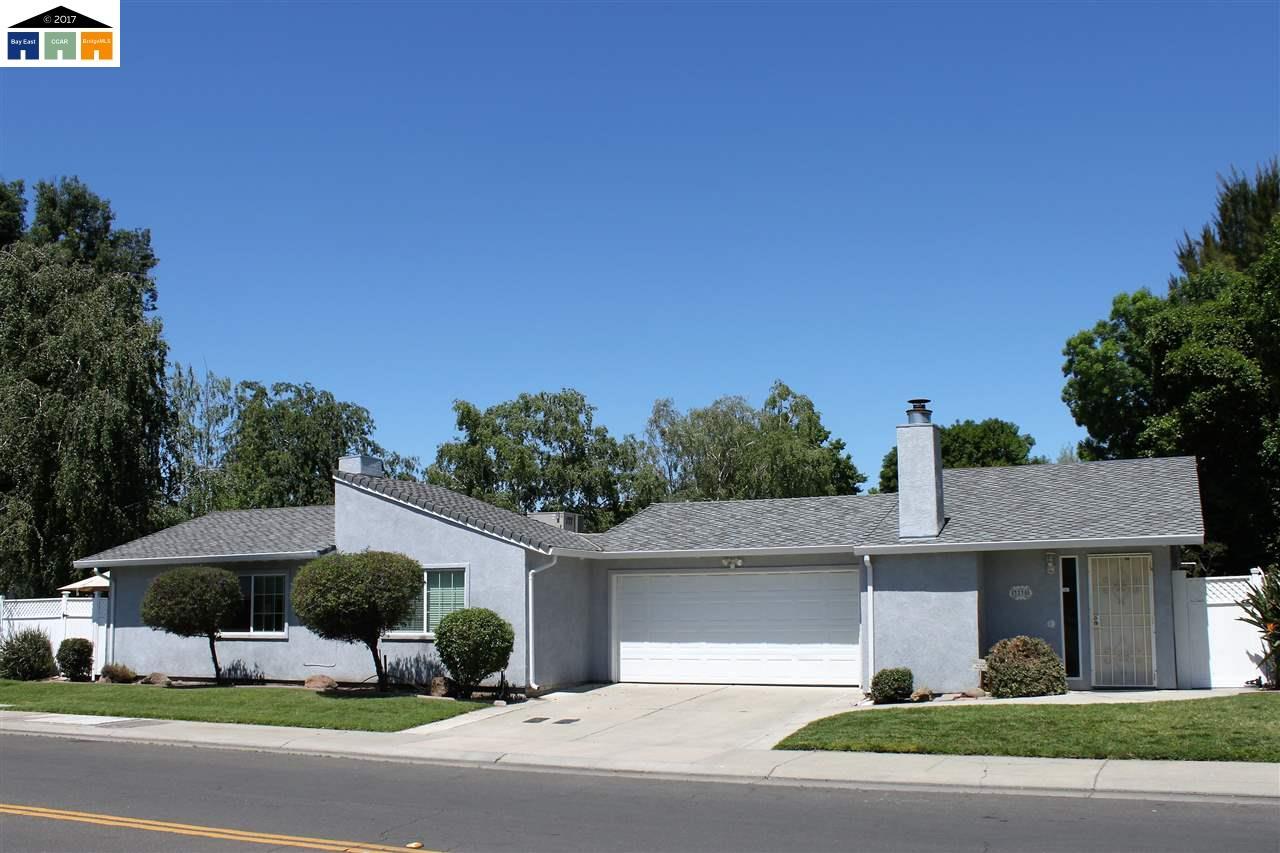 Mehrfamilienhaus für Verkauf beim 3235 Meade Drive Stockton, Kalifornien 95219 Vereinigte Staaten