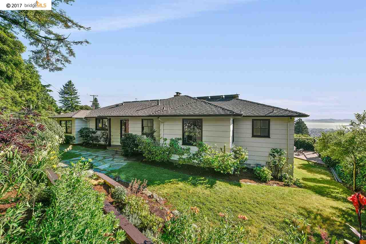 Maison unifamiliale pour l Vente à 27 NORWOOD AVENUE Kensington, Californie 94707 États-Unis