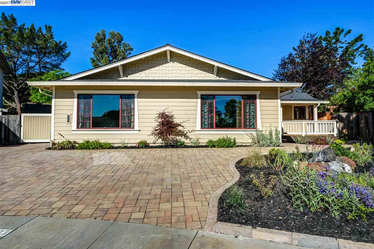 Single Family Home for Sale at 7983 Applewood Court Pleasanton, California 94588 United States