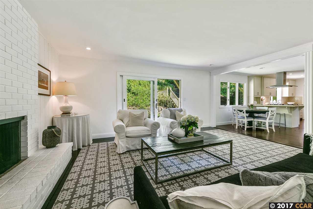 Maison unifamiliale pour l Vente à 12 Park Gate Lafayette, Californie 94549 États-Unis