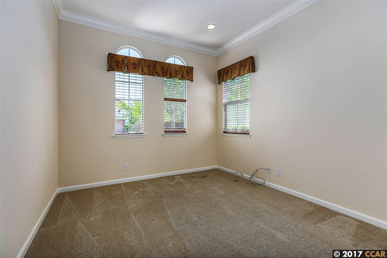 Additional photo for property listing at 405 Ustilago Court  San Ramon, California 94582 United States