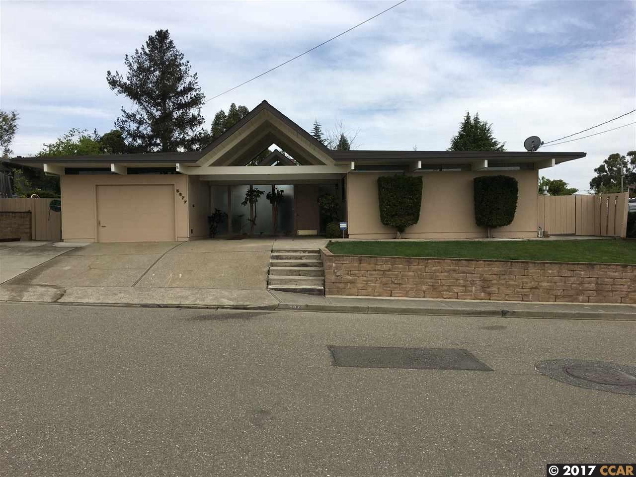 Single Family Home for Sale at 5877 Highwood Road Castro Valley, California 94552 United States