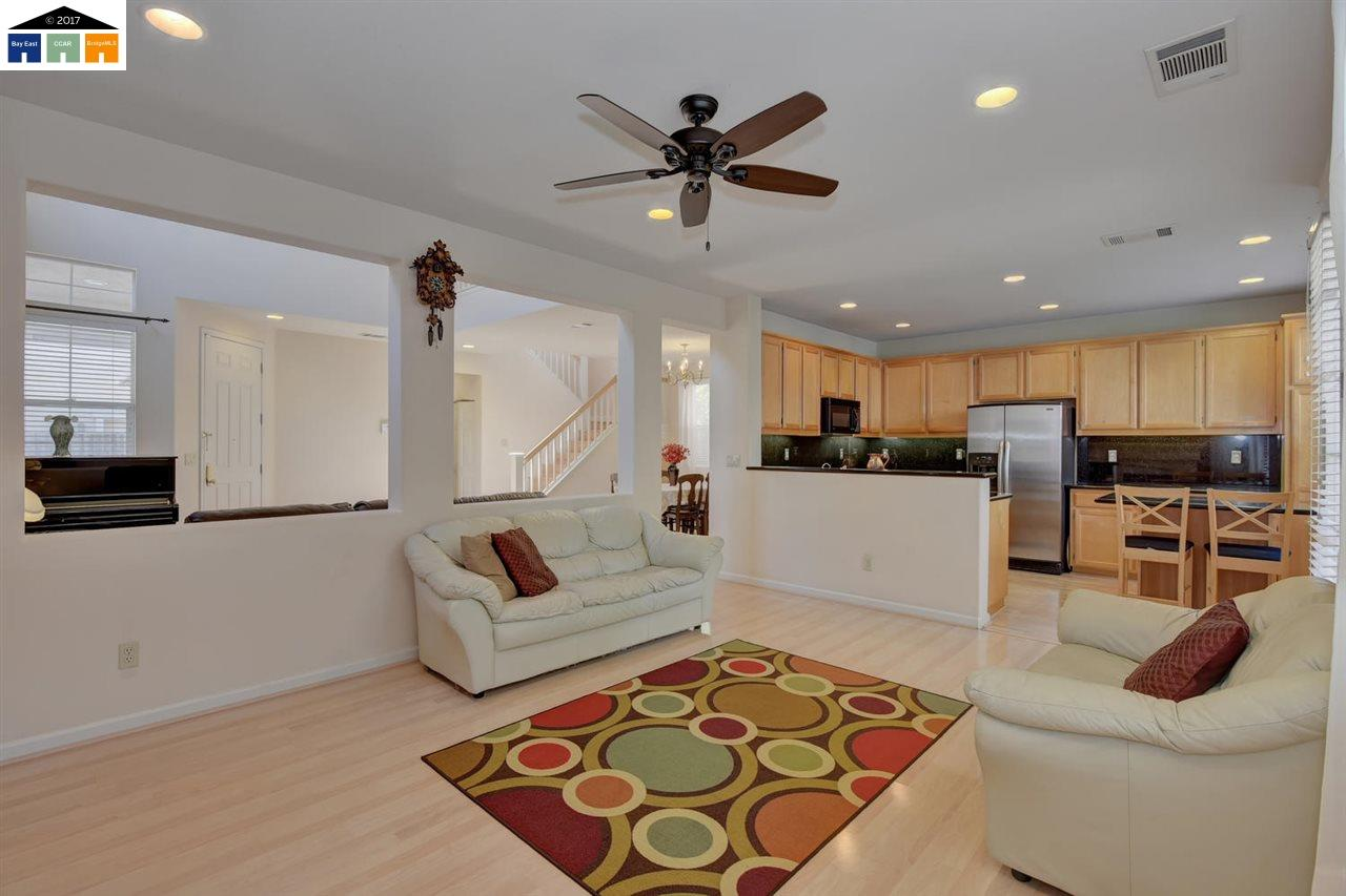Additional photo for property listing at 2726 Solandra Court  Pleasanton, カリフォルニア 94588 アメリカ合衆国