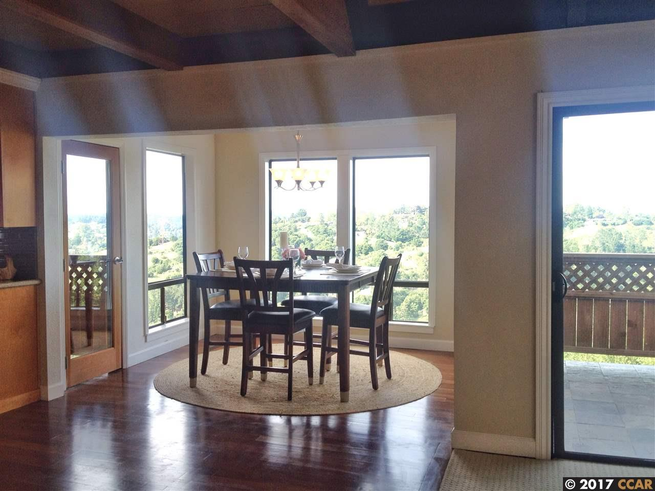 Additional photo for property listing at 112 CRESTVIEW Drive 112 CRESTVIEW Drive Orinda, California 94563 United States