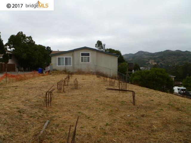 Additional photo for property listing at 4326 Santa Rita Road  El Sobrante, カリフォルニア 94803 アメリカ合衆国