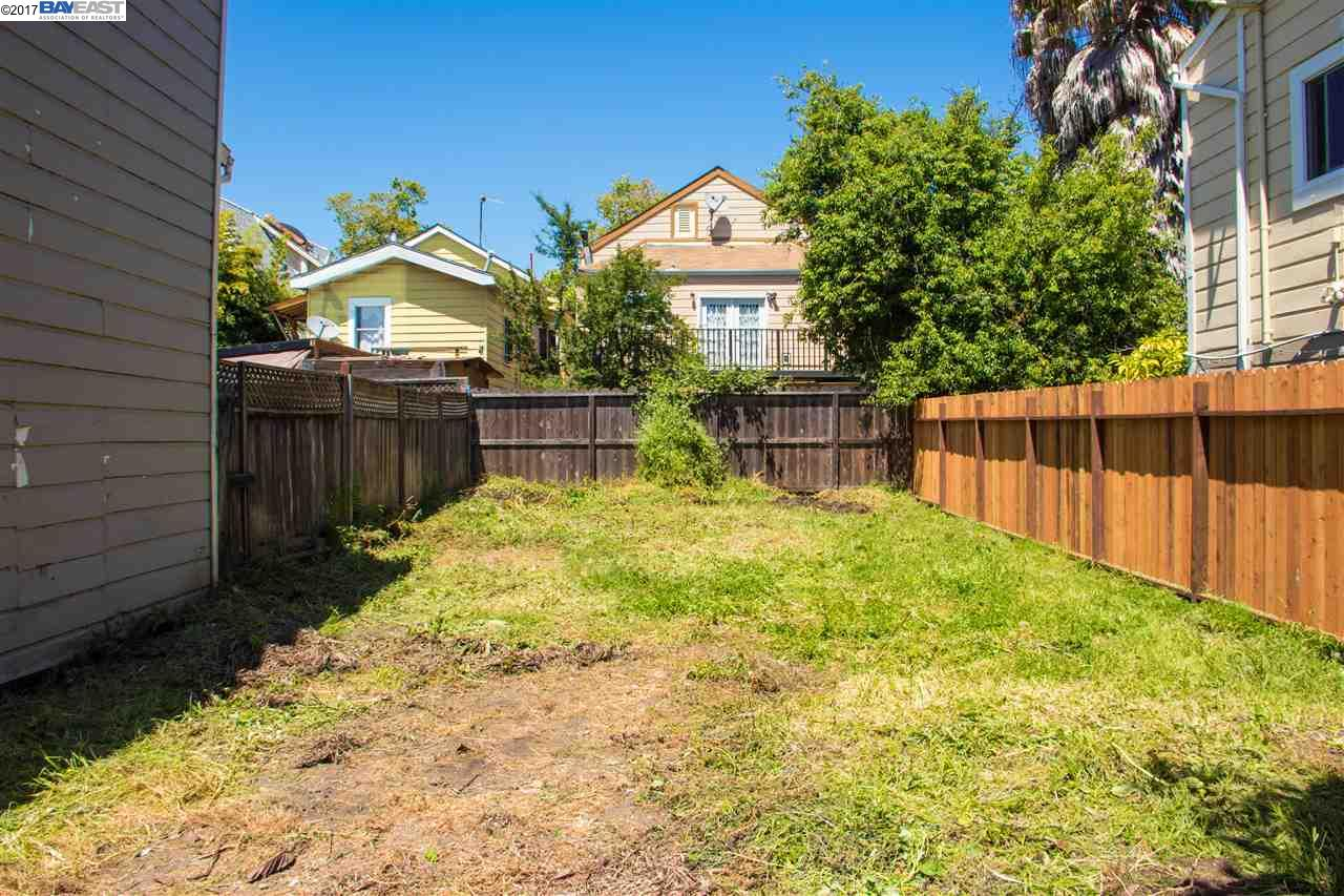 Additional photo for property listing at 814 26th Street  Oakland, California 94608 United States