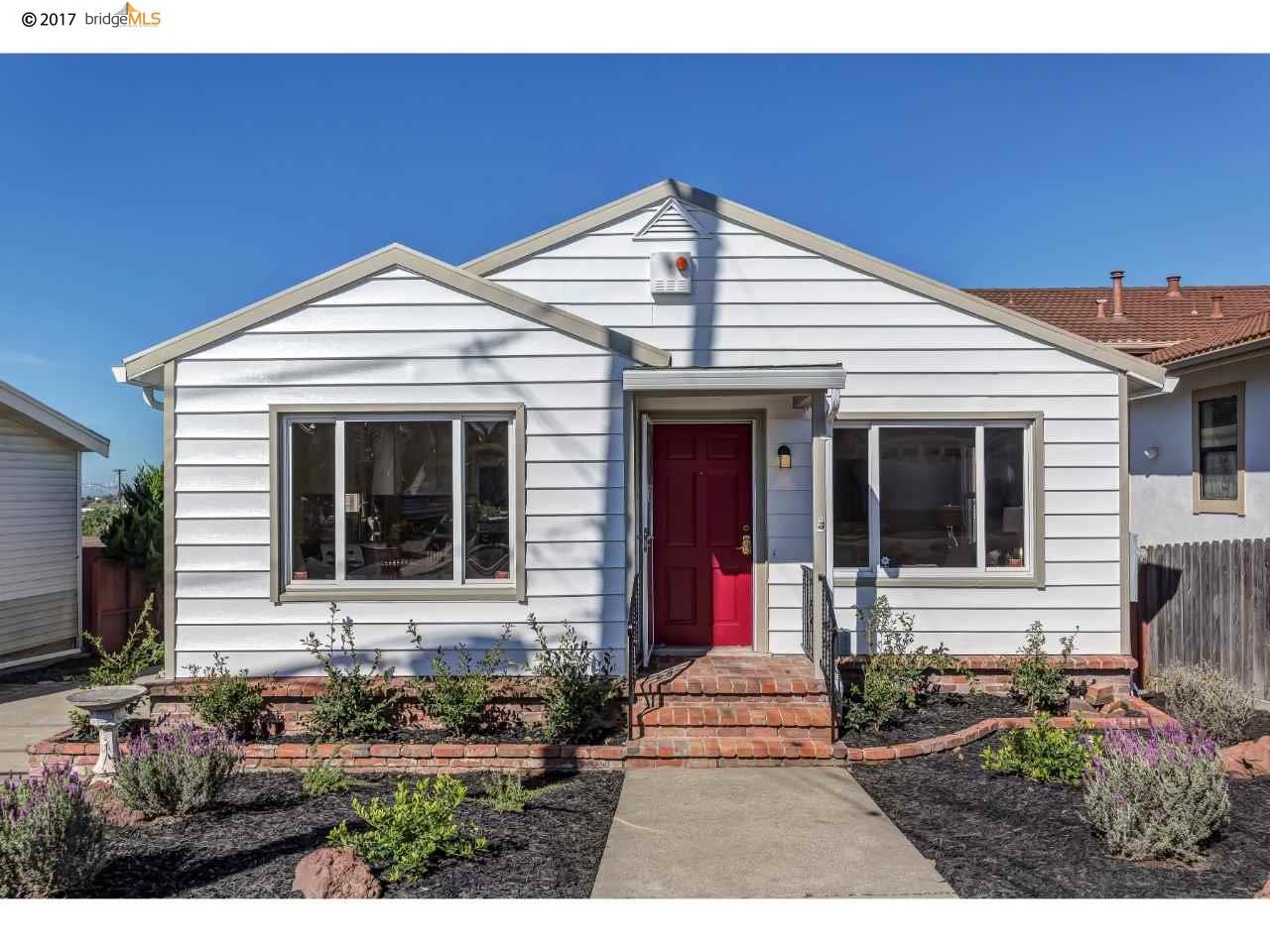 Maison unifamiliale pour l Vente à 912 Fillmore Street Albany, Californie 94706 États-Unis