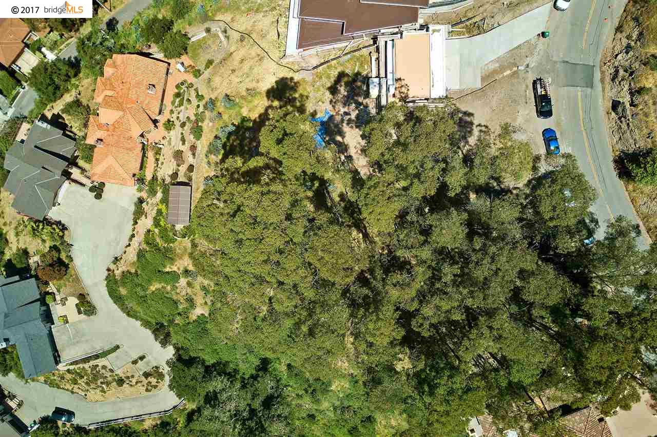 Additional photo for property listing at 6685 Skyline Blvd 6685 Skyline Blvd Oakland, Kalifornien 94611 Vereinigte Staaten