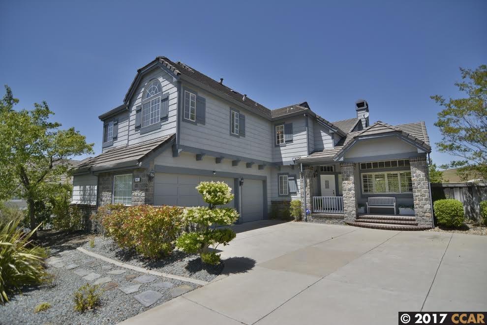 Maison unifamiliale pour l Vente à 461 Obsidian Way Clayton, Californie 94517 États-Unis