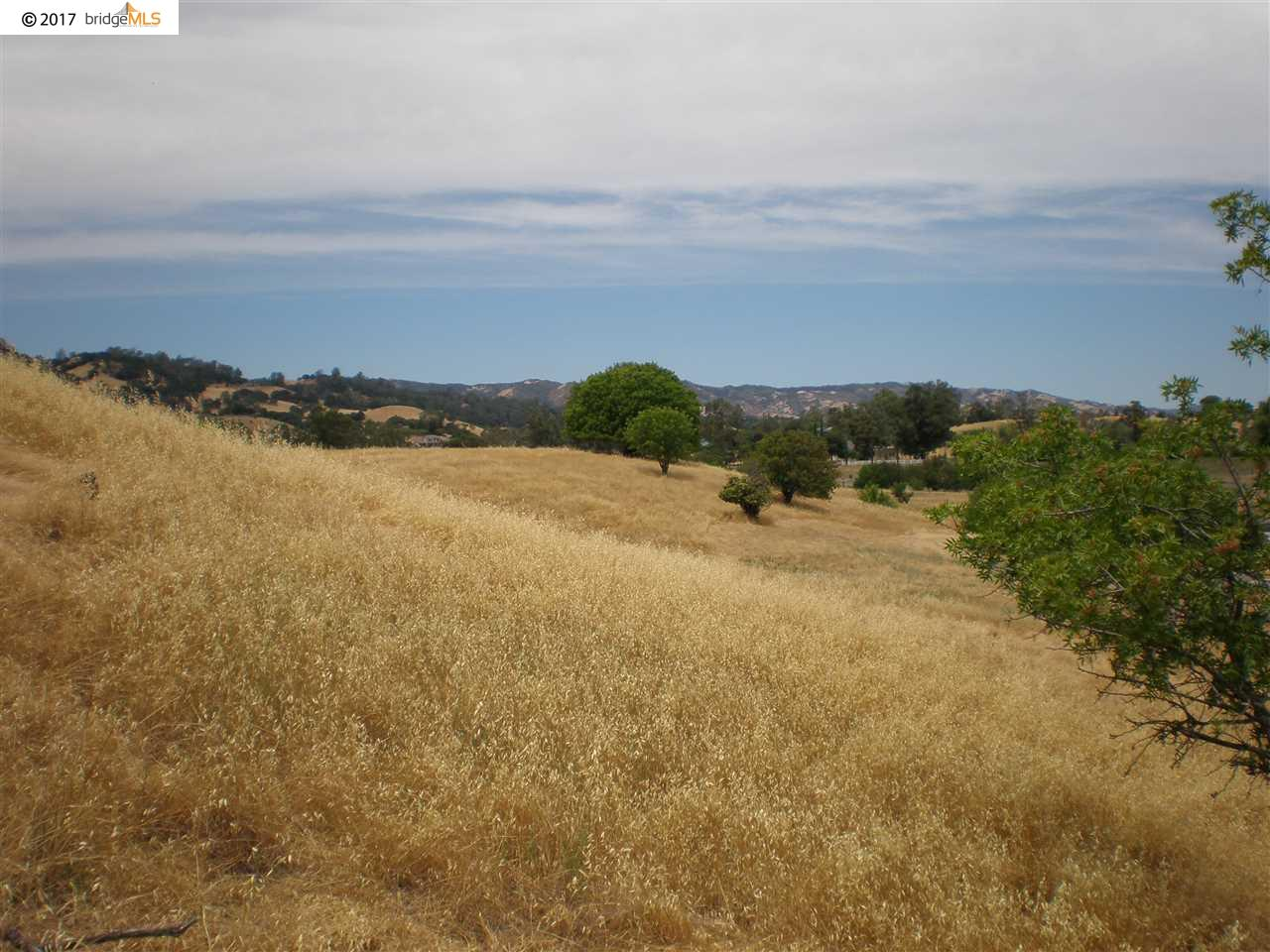 Additional photo for property listing at 7755 English Hills Road 7755 English Hills Road Vacaville, Калифорния 95688 Соединенные Штаты