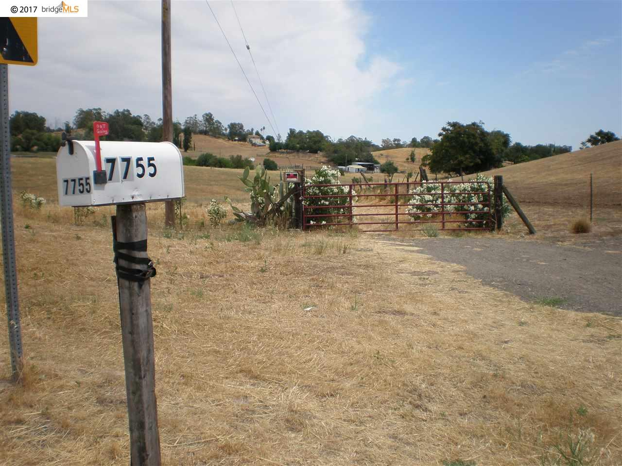 Additional photo for property listing at 7755 English Hills Road 7755 English Hills Road Vacaville, California 95688 United States