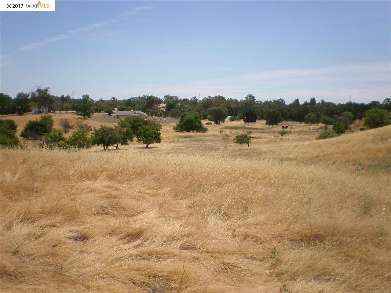 Additional photo for property listing at 7755 English Hills Road  Vacaville, カリフォルニア 95688 アメリカ合衆国