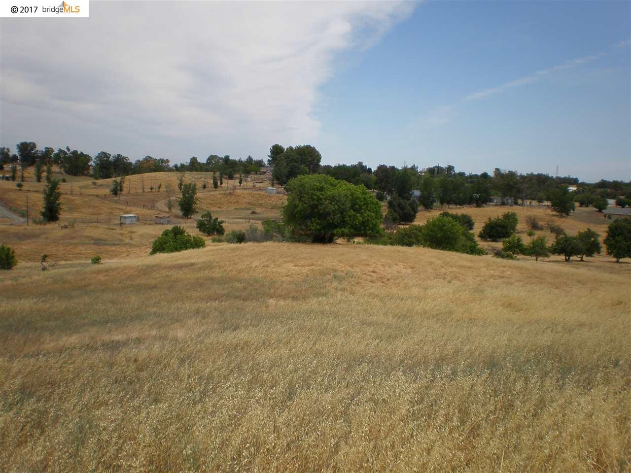 Additional photo for property listing at 7755 English Hills Road  Vacaville, Californie 95688 États-Unis