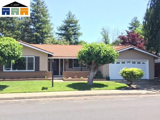 Single Family Home for Sale at 1608 Orchard Pleasanton, California 94566 United States