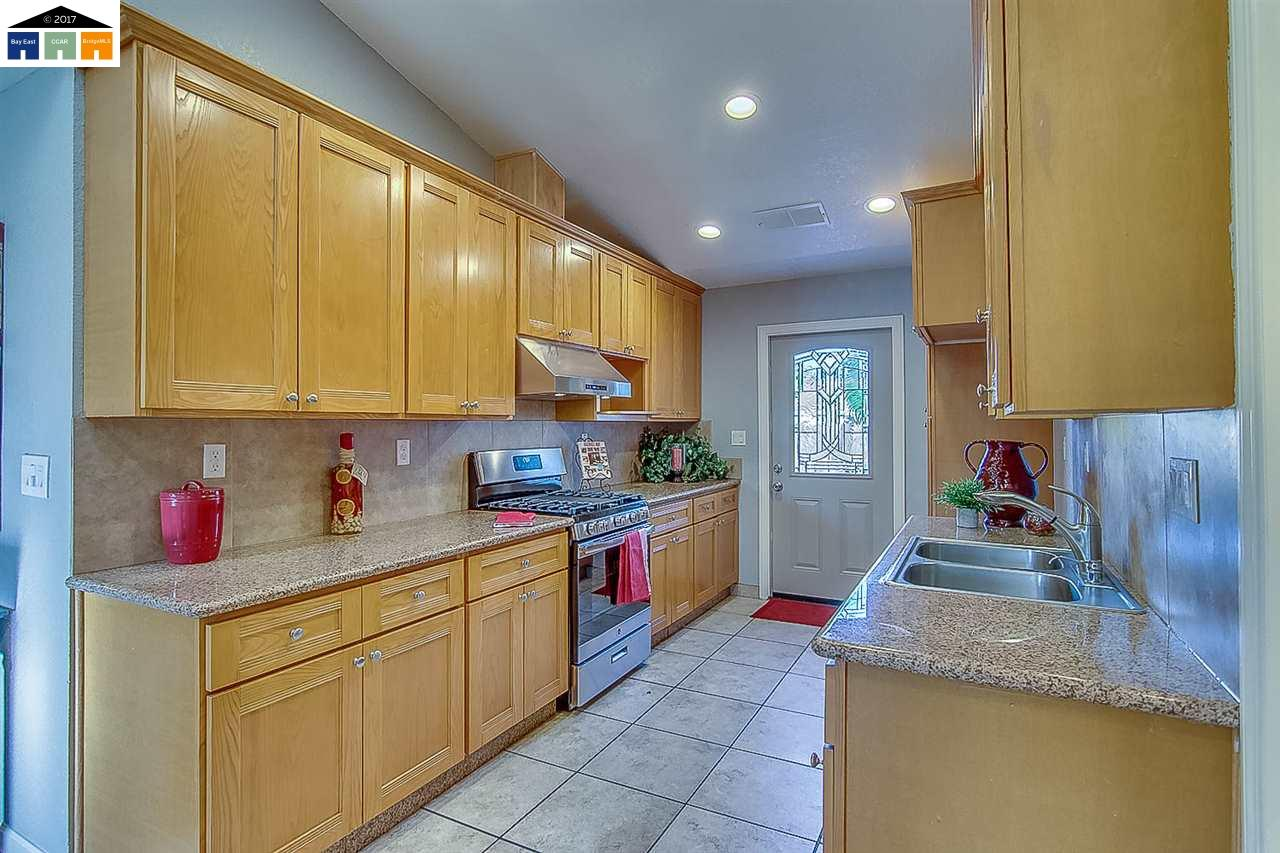 Additional photo for property listing at 3628 Kirk Street 3628 Kirk Street Stockton, Калифорния 95204 Соединенные Штаты