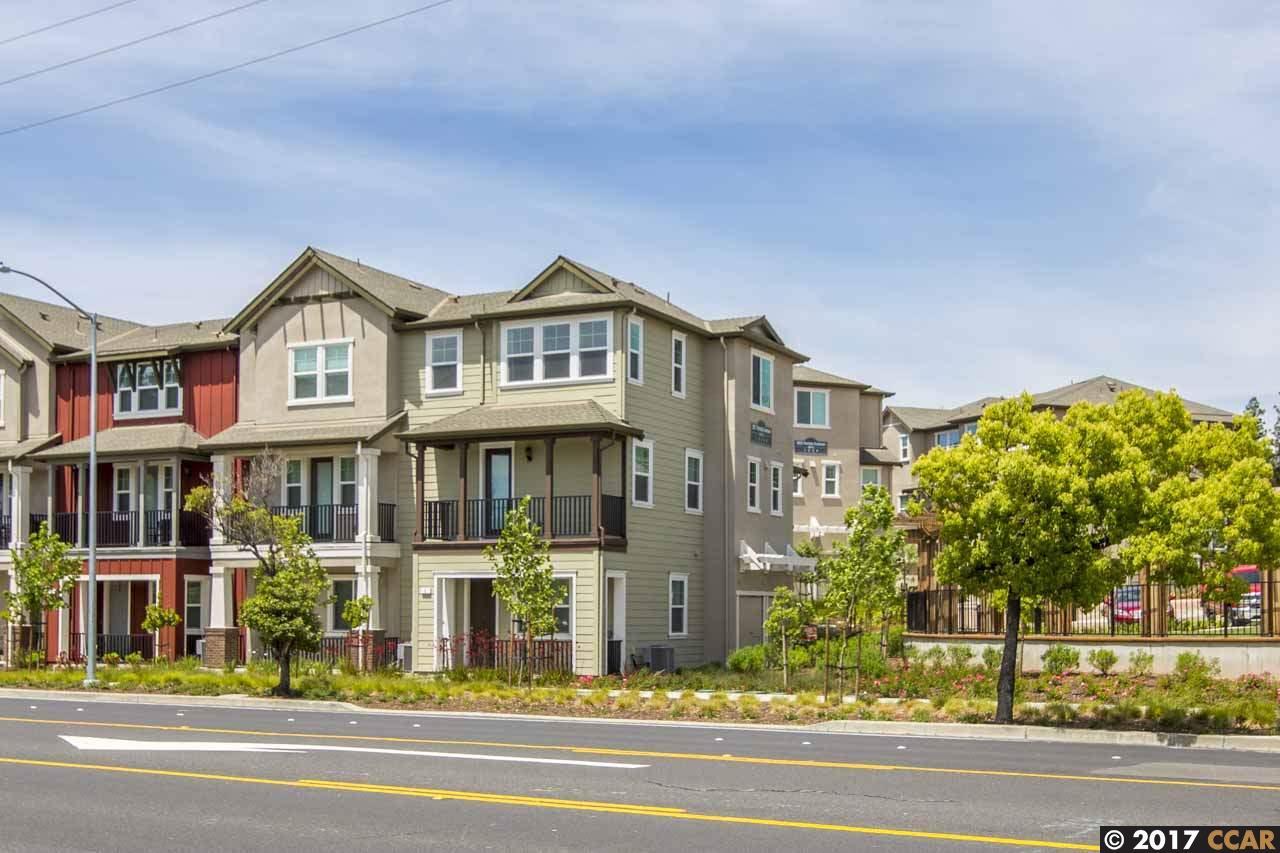 Кондоминиум для того Продажа на 3917 Portola Common Livermore, Калифорния 94551 Соединенные Штаты