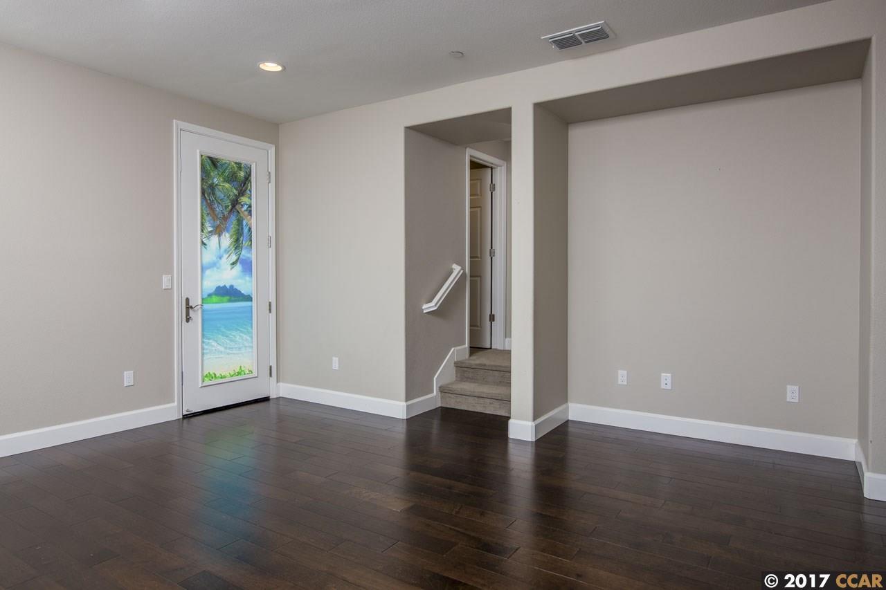 Additional photo for property listing at 3917 Portola Common  Livermore, Калифорния 94551 Соединенные Штаты