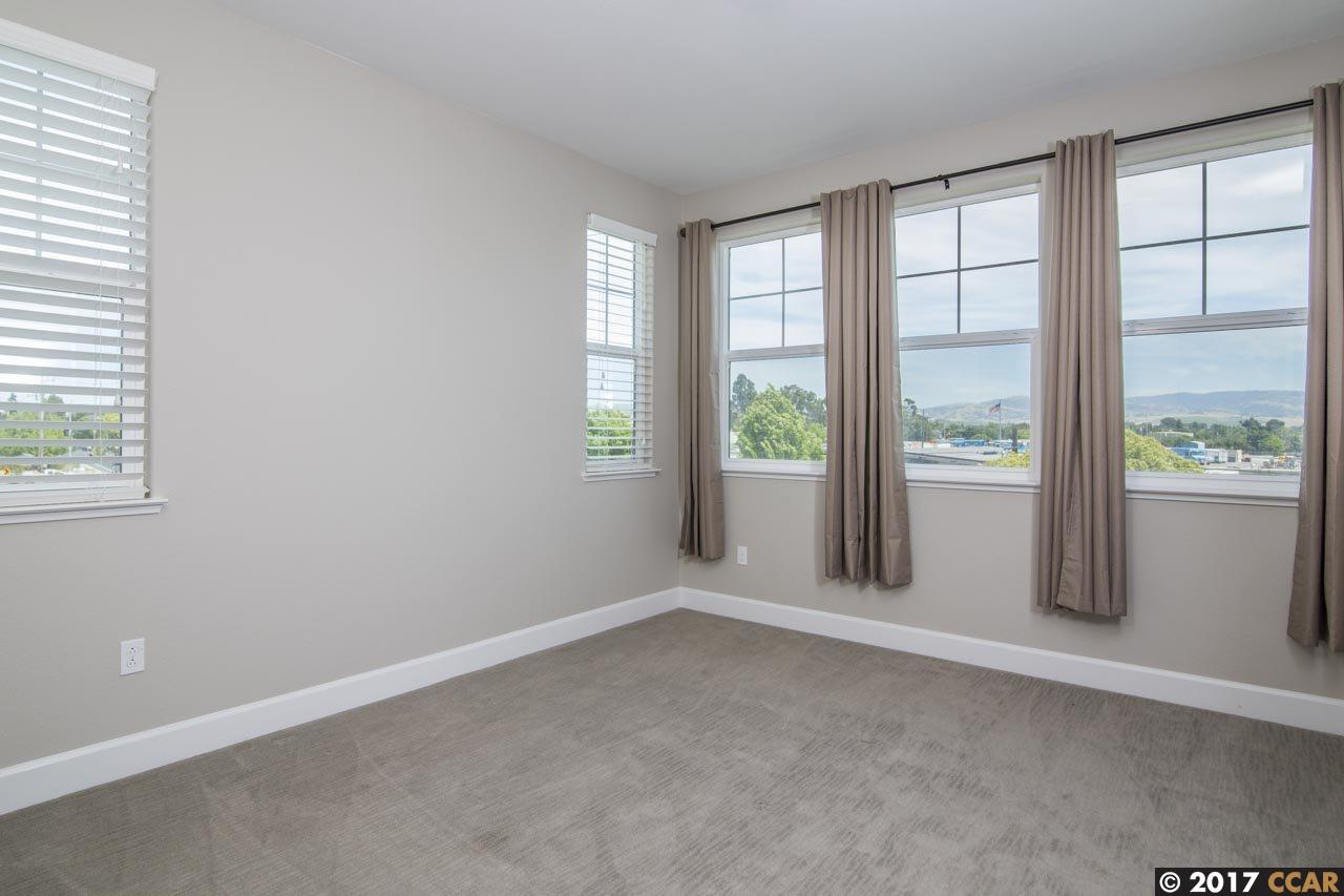 Additional photo for property listing at 3917 Portola Common  Livermore, Kalifornien 94551 Vereinigte Staaten