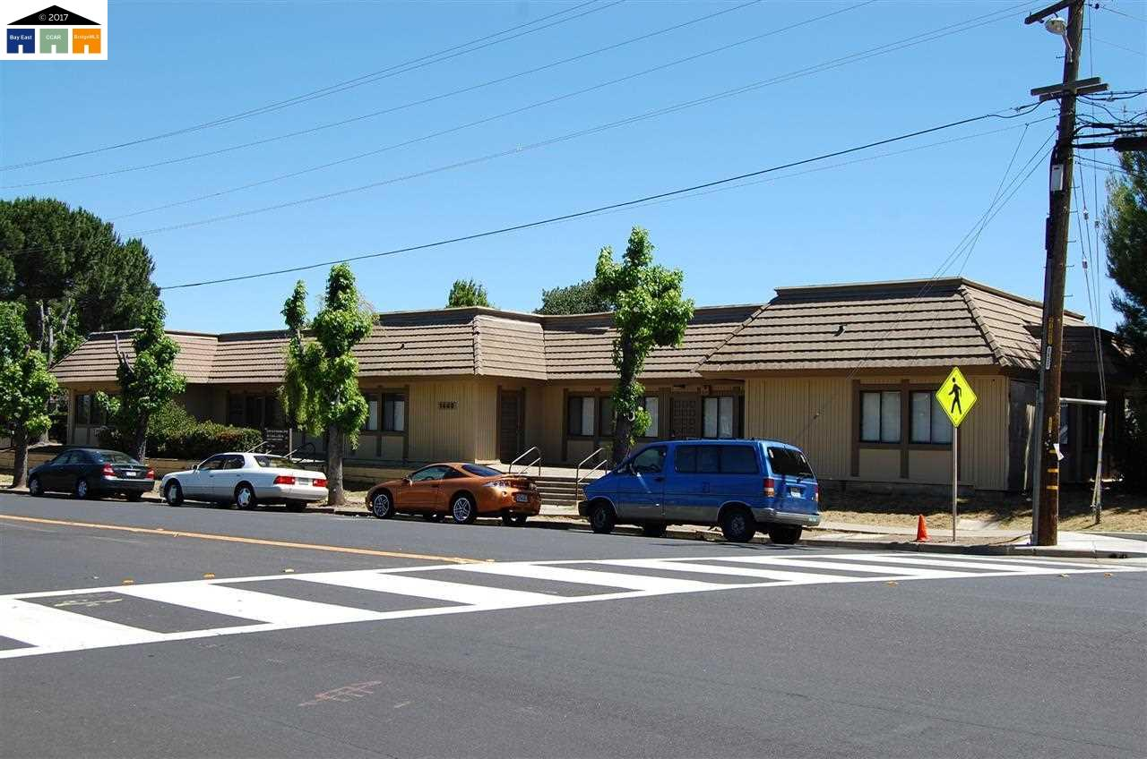 Commercial pour l Vente à 1440 WASHINGTON BLVD Concord, Californie 94521 États-Unis