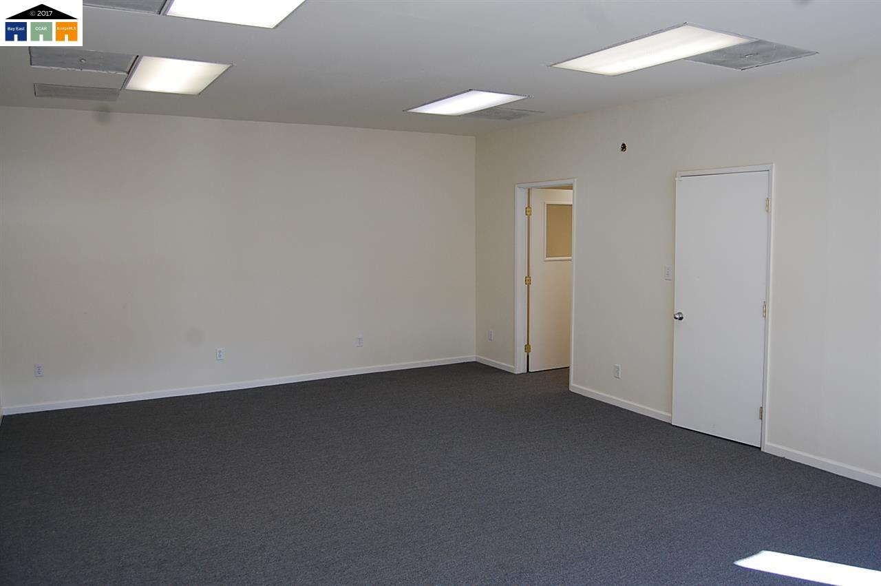 Additional photo for property listing at 1440 WASHINGTON BLVD  Concord, カリフォルニア 94521 アメリカ合衆国