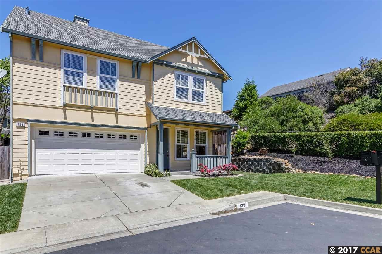 Einfamilienhaus für Verkauf beim 139 Camden Lane Hercules, Kalifornien 94547 Vereinigte Staaten