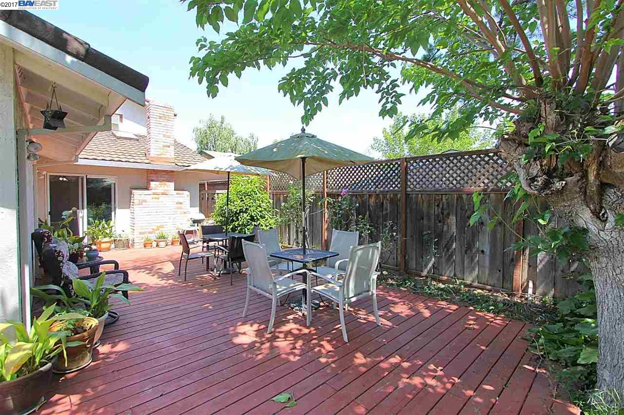 Additional photo for property listing at 1200 Mcewing Court  Concord, California 94521 United States