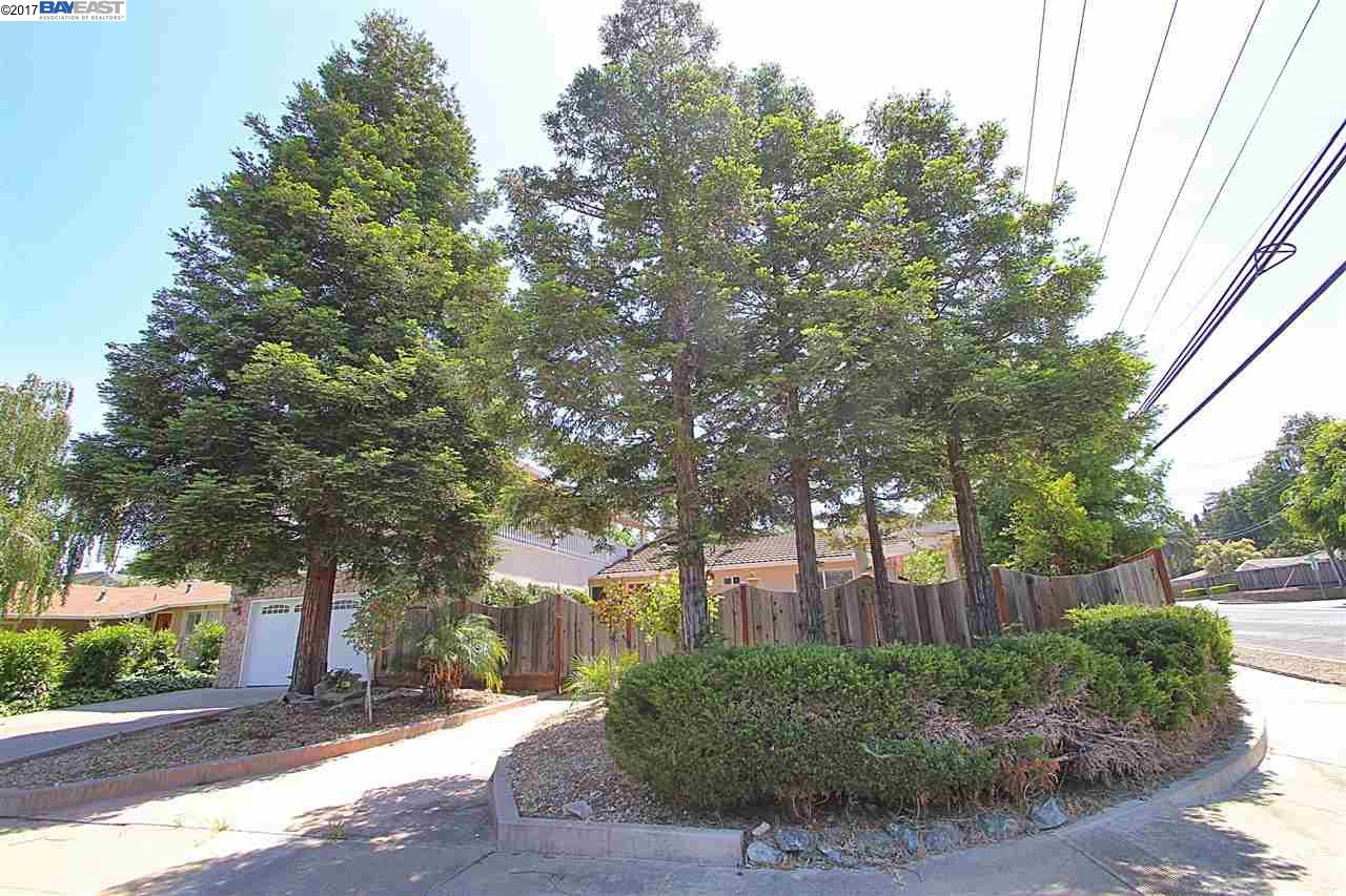 Additional photo for property listing at 1200 Mcewing Court  Concord, California 94521 Estados Unidos