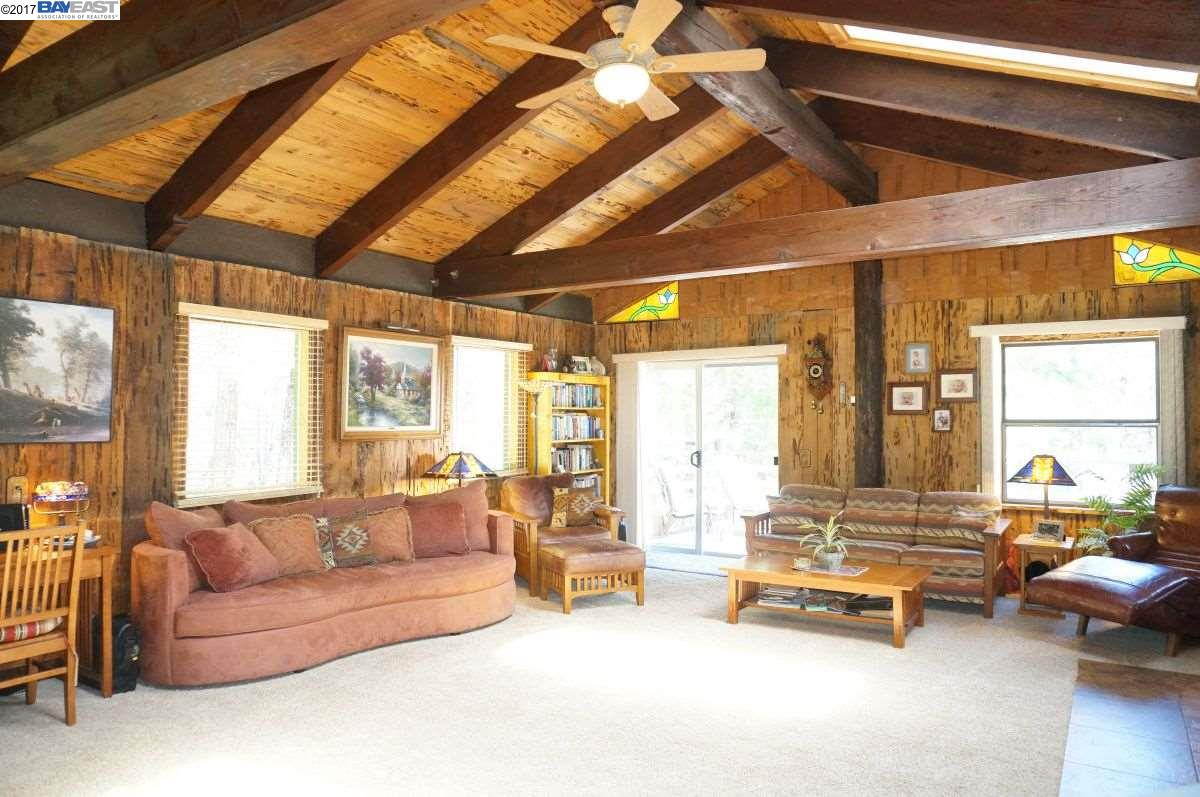 Additional photo for property listing at 67251 State Hwy 3  Trinity Center, Калифорния 96091 Соединенные Штаты