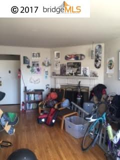 Additional photo for property listing at 2738 Judah Street  San Francisco, California 94122 United States