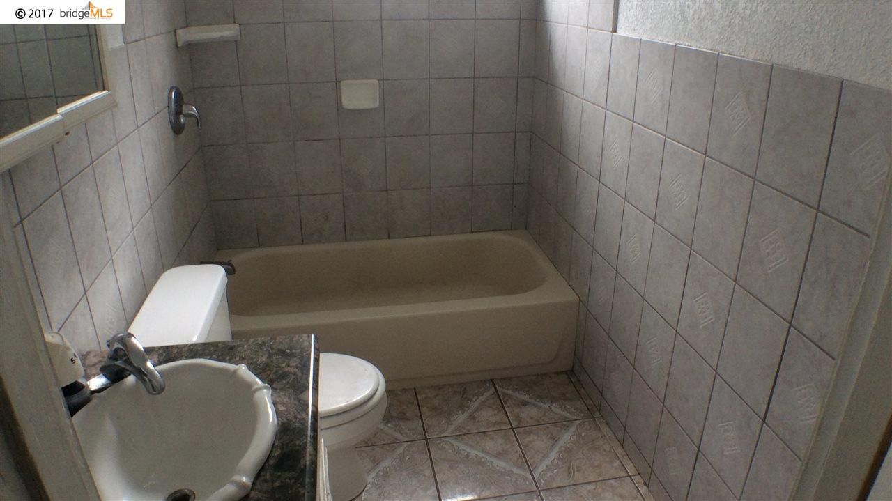 Additional photo for property listing at 9436 Olive Street  Oakland, Калифорния 94603 Соединенные Штаты