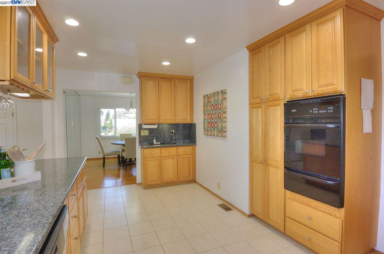 Additional photo for property listing at 41988 Paseo Padre Pkwy  Fremont, カリフォルニア 94539 アメリカ合衆国