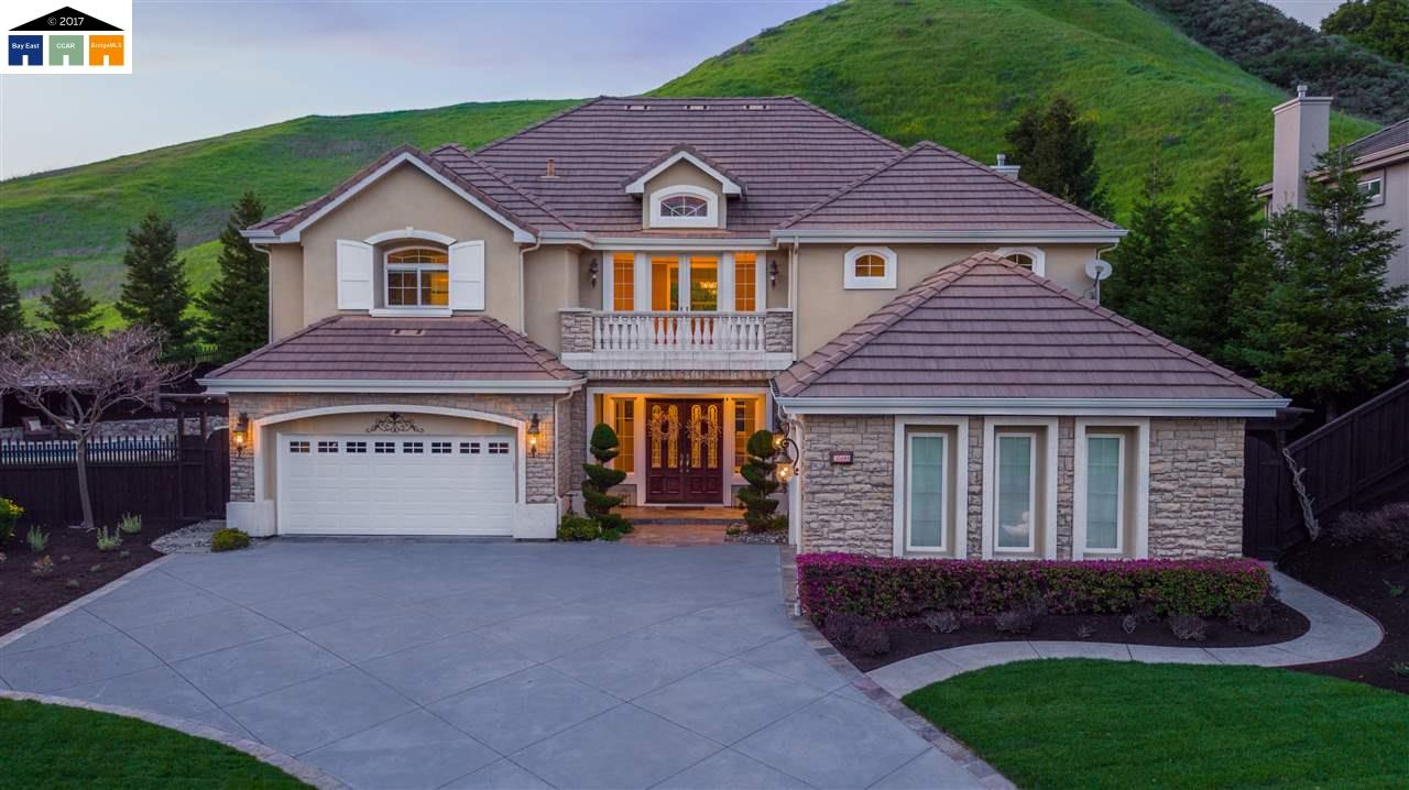 Single Family Home for Sale at 3599 Ashbourne Circle San Ramon, California 94583 United States
