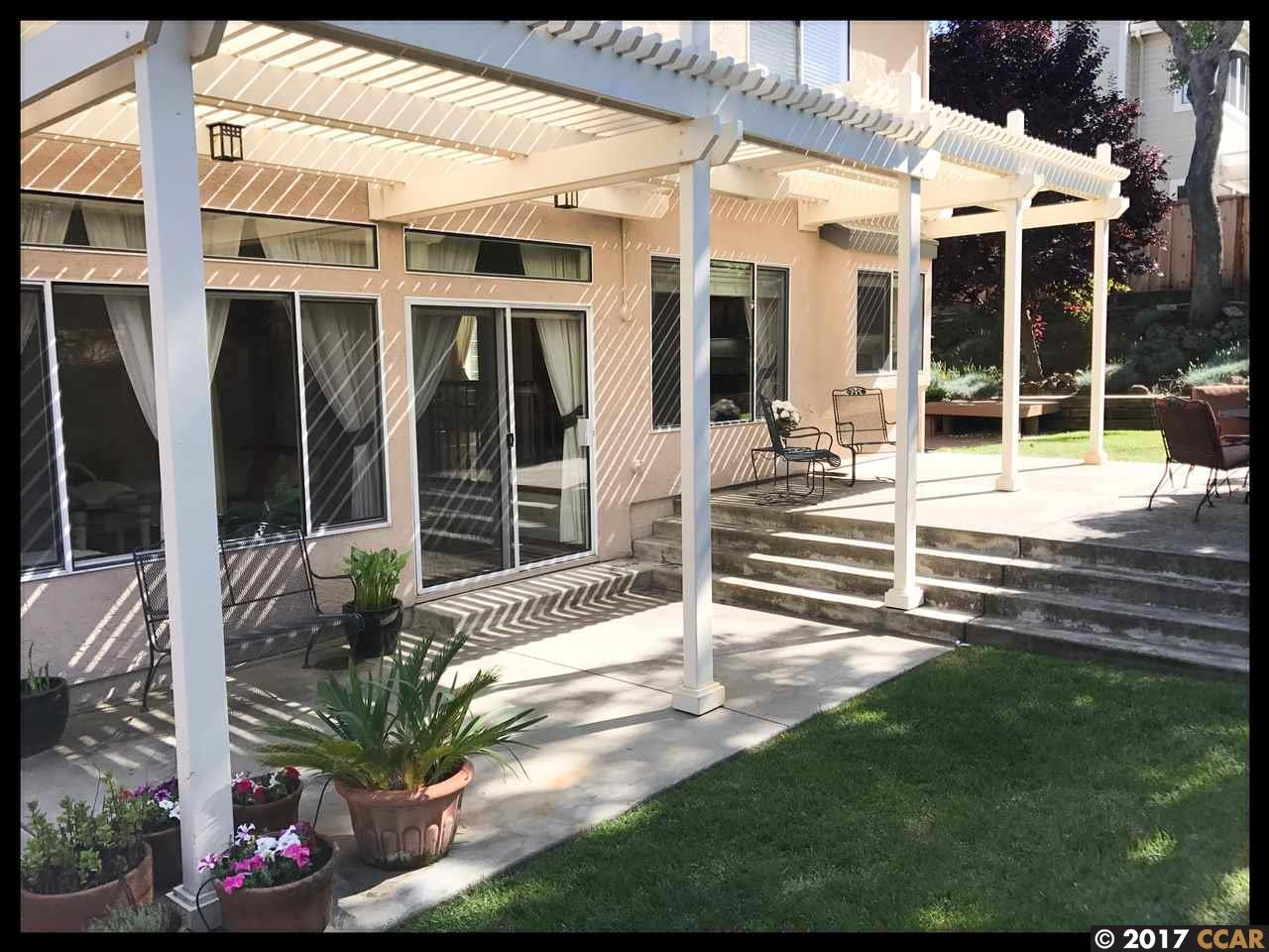 Additional photo for property listing at 129 Glenview Drive  Martinez, California 94553 United States
